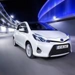 Recht dynamisch sieht der Toyota Yaris Hybrid aus - flotter als sein klassischer Bruder jedenfalls. Foto: Toyota