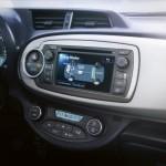 Den Energiefluss im Antrieb zeigt der Multimedia-Monitor wie von Prius und Aurys gewohnt an. Foto: Toyota