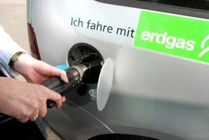 Erdgasauto beim Betanken